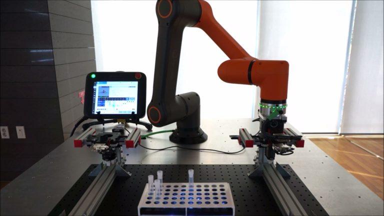 Robot HCR - badania i laboratoria
