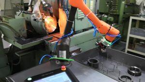 robotyzacja obsługi maszyn