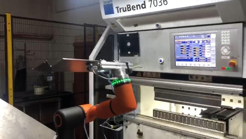 robotyzacja prasy krawędziowej