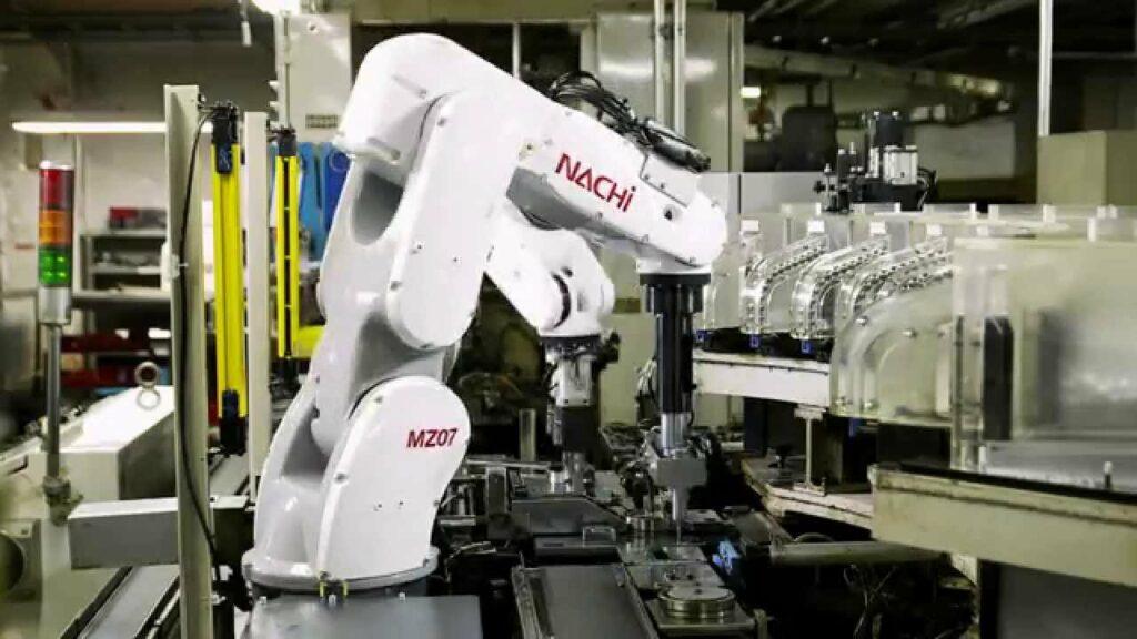 zastosowania robotów przemysłowych