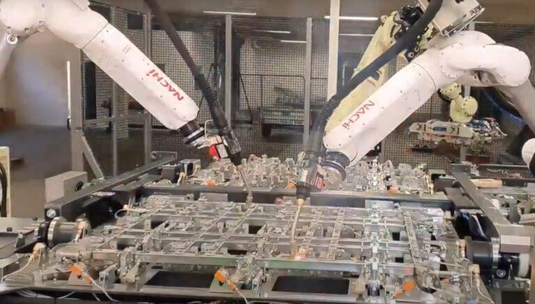 spawanie robotem nachi